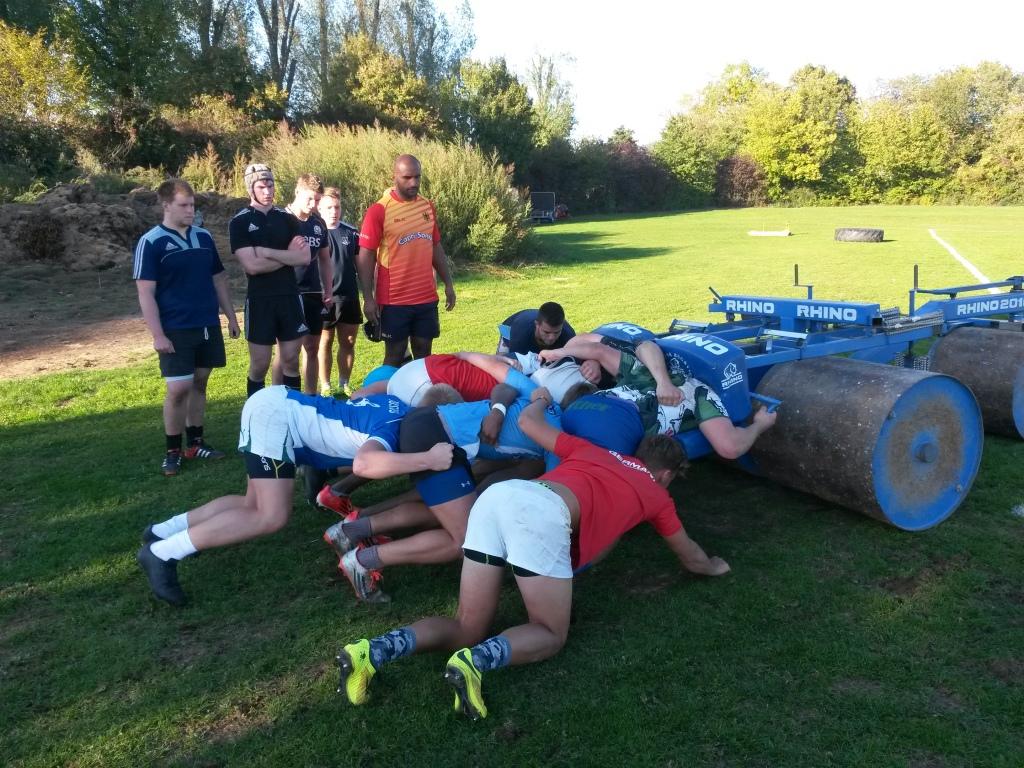 U19 Nationaltrainer Benjamin Danso beim Gedrängetraining im Stützpunkt in Heidelberg
